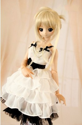 BJD chiffon dress black & white with peals